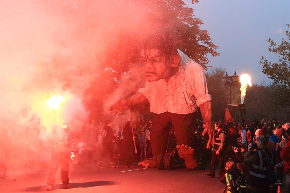 macnas parade 2014